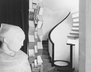 A a stair no 1 12 rue mallet stevens - Hotel martel mallet stevens ...