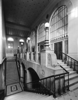 A a stair bibliotheque ste genevieve - Piscine sainte genevieve ...